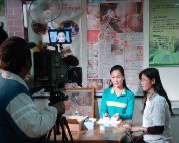 客家電視台97.12採訪拍照