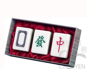茉草苦茶麻將皂(發.中.白板)大三元-絹布改為粉色